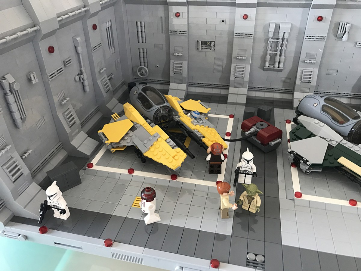 LEGO® Star Wars: Interceptor Starfighter Hangar 2.0 - 04