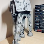LEGO® Star Wars AT-AT Walker (All Terrain Armored Transport) - 04