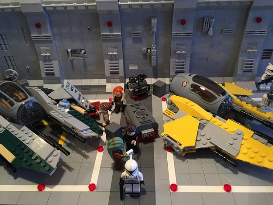 LEGO® Star Wars: Interceptor Starfighter Hangar - 06