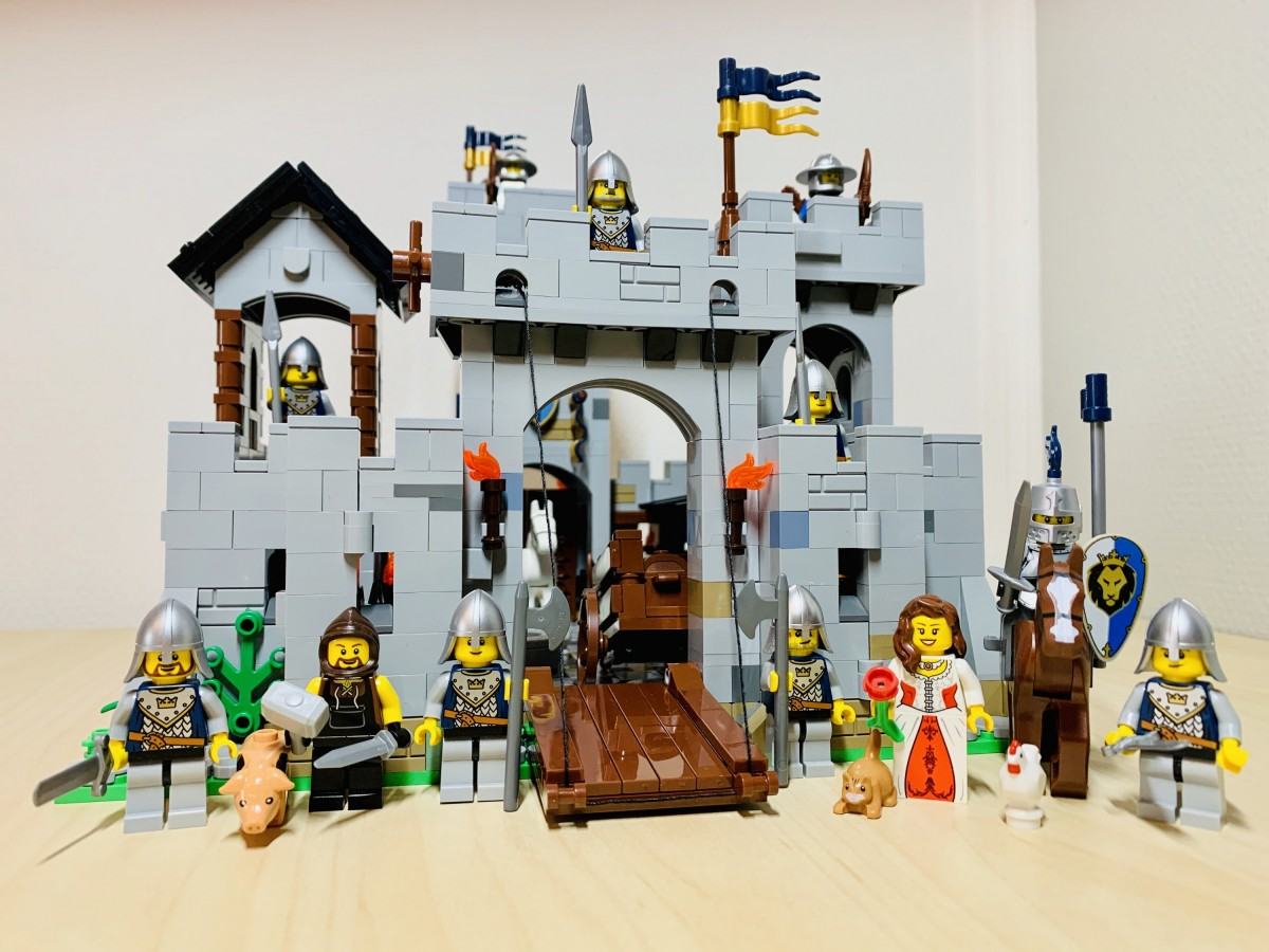 Princess June's Castle - my LEGO Ideas Project Real 01