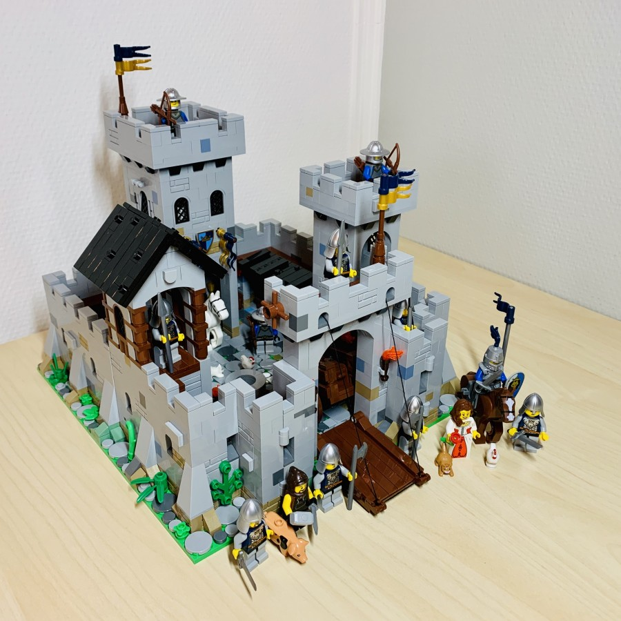 Princess June's Castle - my LEGO Ideas Project Real 02