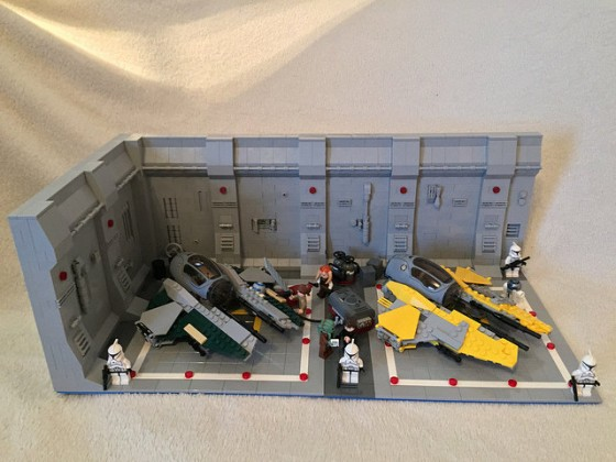 LEGO® Star Wars: Interceptor Starfighter Hangar - 02