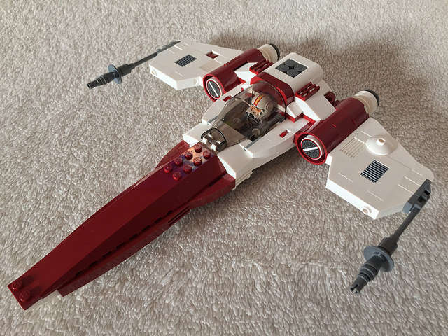 LEGO® Star Wars: Republic Starfighter - 01